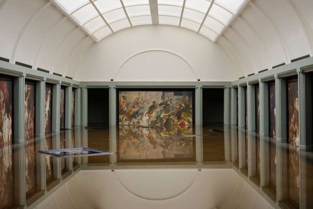 Project 'BREAKING NEWS: Flooding of the Louvre' P.Rubens room, Photo by Giorgi Mamasakhlisi, 2018